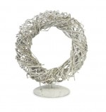 Rattan wreath in stand, 25cm